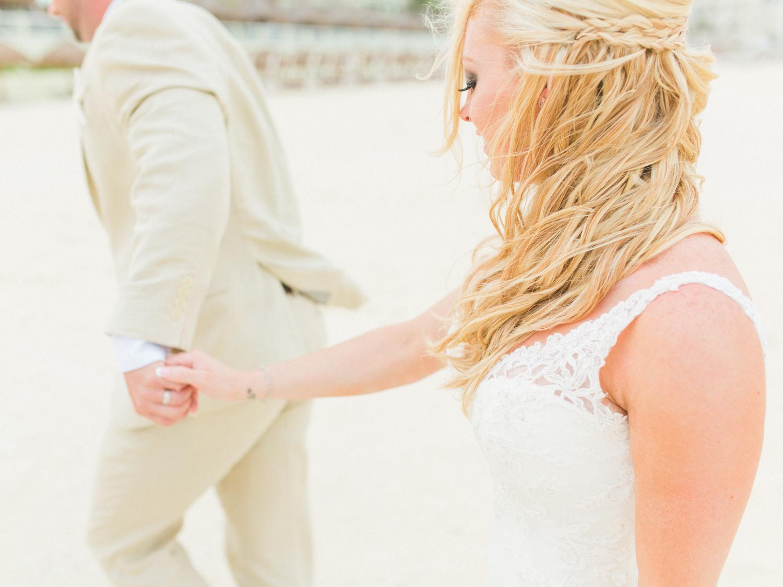 Cancun_Americana_Fiesta_Mexico_Wedding_Dallas_destination_photographer.jpg