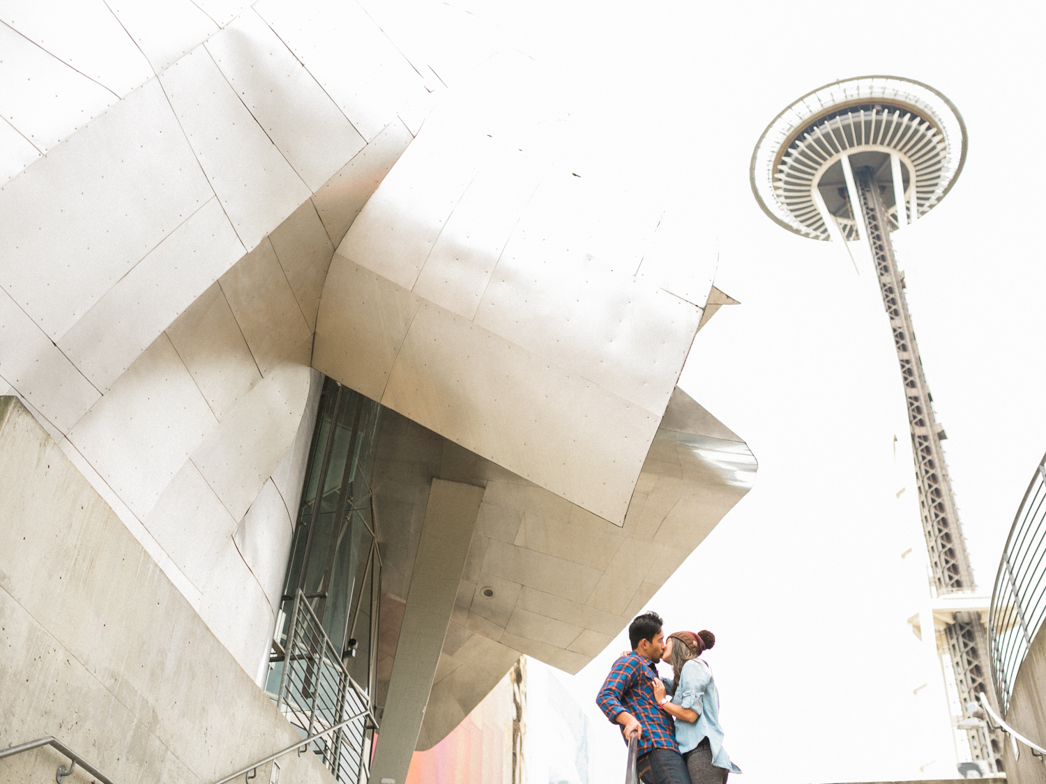 Seattle_space_needle_Dallas_destination_engagement_session.jpg