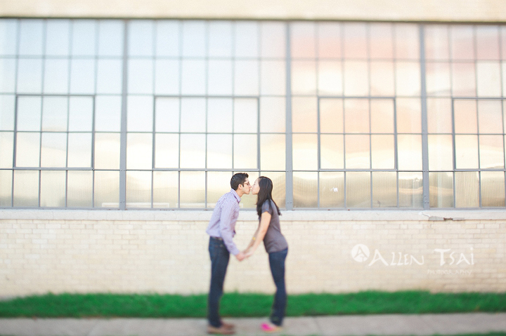 dallas_wedding_photographer_engagement_session_deep_ellum_texas_005