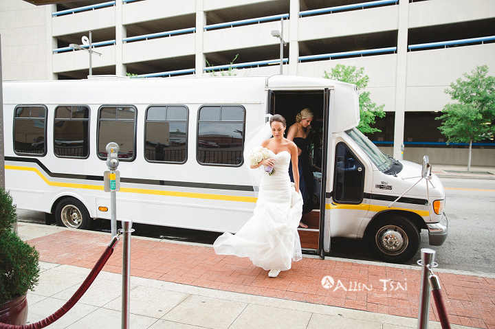 room_on_main_wedding_dallas_wedding_photographer_022