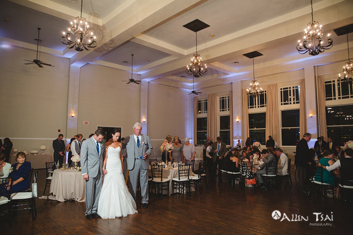 room_on_main_wedding_dallas_wedding_photographer_044