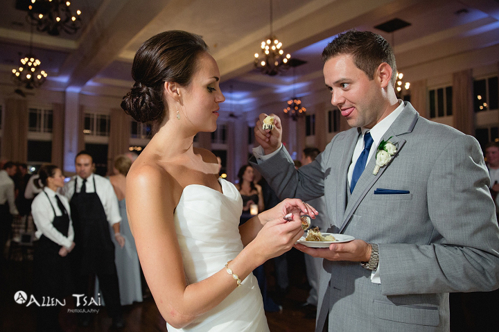 room_on_main_wedding_dallas_wedding_photographer_058