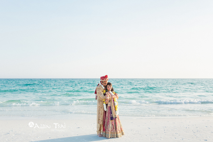 hilton_sandestin_wedding_destin_wedding_photographer_romantic_beach_portraits